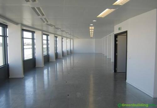 Offices to let in Ileo