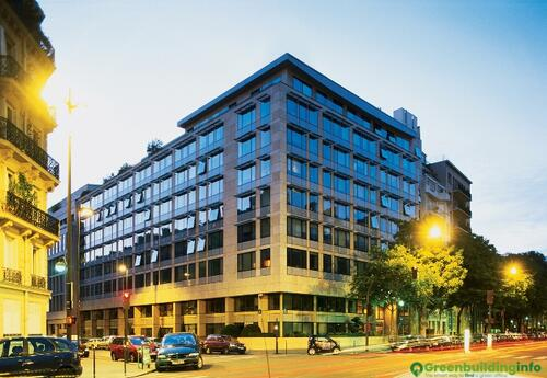 Offices to let in 131 avenue Wagram